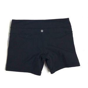 Lululemon athletica 6 shorts black gym yoga lounge